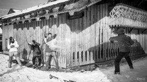 Séance lifestyle - Photo de famille - Boules de neige